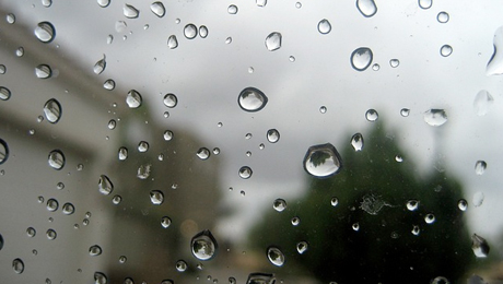 kapky sklo