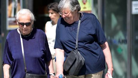 senioři ženy
